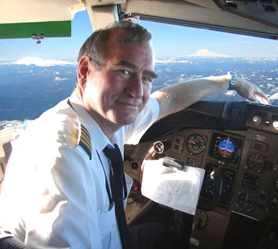 Photo of James Nance on his retirement flight 30 Dec 2006